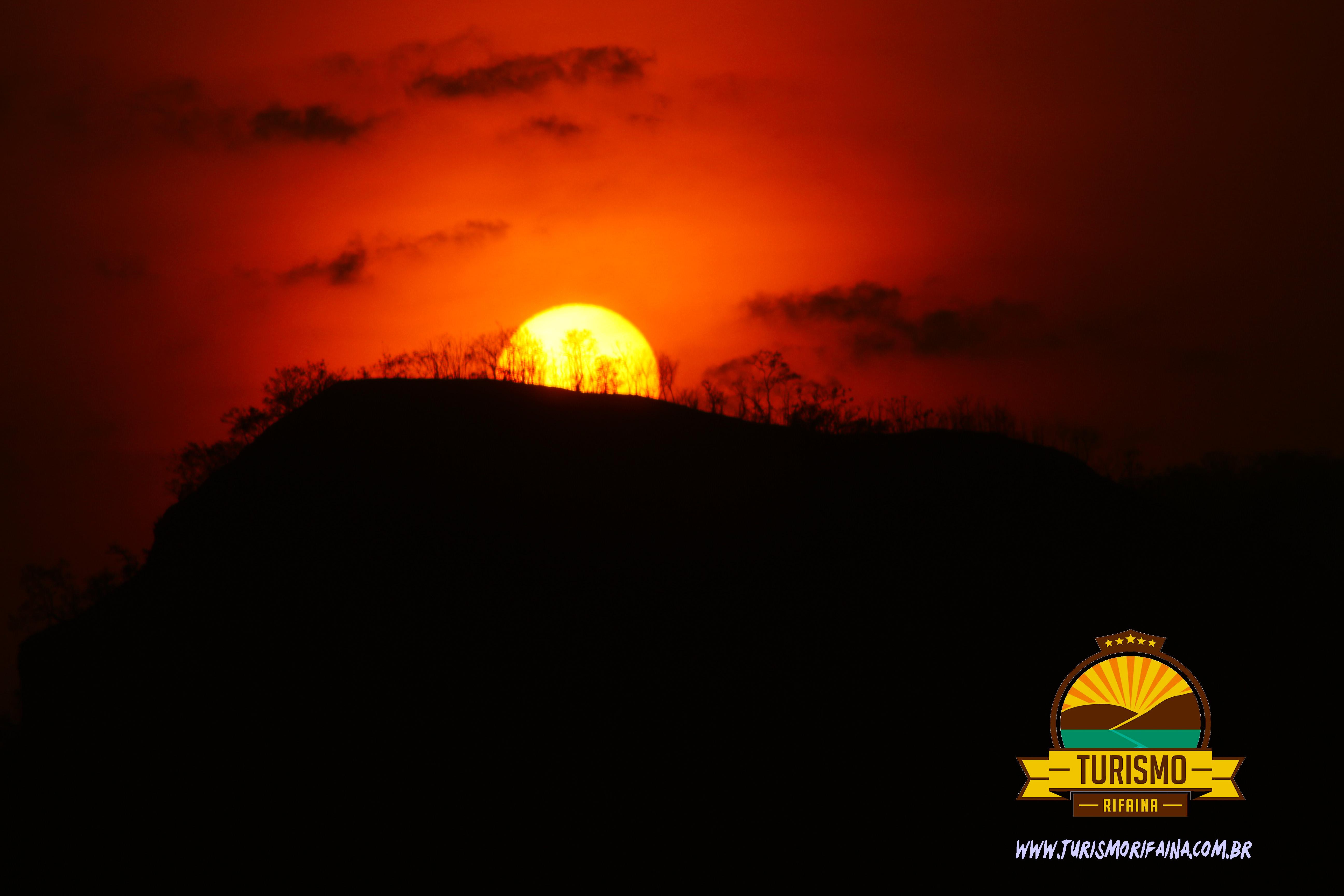 RIFAINA, Morro do Chapéu e sua característica geomórfica e as possibilidades de um produto turístico formatado